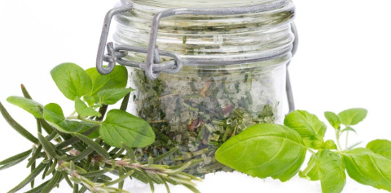 Ricetta: sale aromatizzato fatto in casa