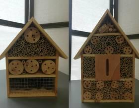 Was ist ein Insektenhotel und warum sollte man eines im Garten haben?